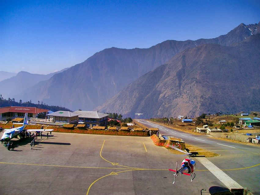 Helicopter tour Lukla