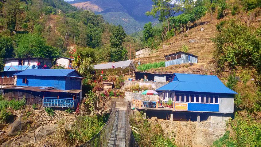 Poon hill Tikhaedhunga