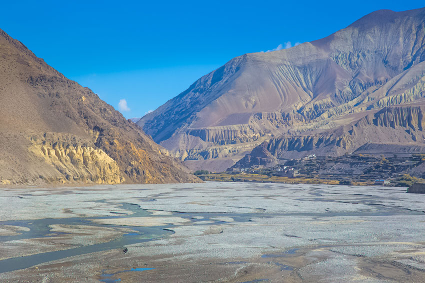 Gateway to Upper Mustang Trek